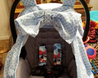 Fitted Car Seat Cover with Window