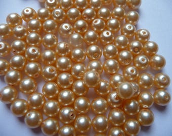 100 round PEARLY beads, 5 mm - honey color