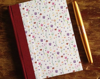 Tiny Flowers blank journal, sketchbook, diary, garden Journal, Travel Diary (96 pages)