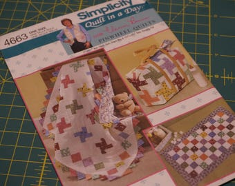 Quilt in a Day Pinwheel Quilts by Eleanor Burns for Baby Changing Pad, Diaper bag, Quilt - Simplicity 4663 NIP (out of print)
