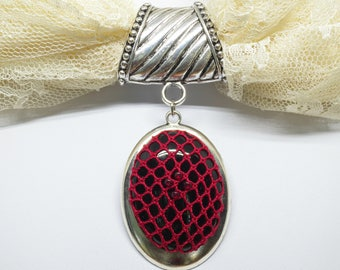 Scarf Accent Ring With Bobbin Lace Pendant: Victorian Red