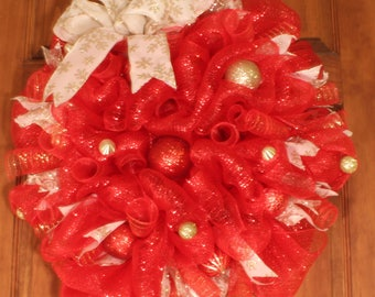 Red, Cream and Gold Christmas Wreath