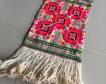 """BIG SALE!!! 21.00""""X10.50"""" Vintage Hmong fabric embroidery textile ,Hmong textile art,supplies, textile tribal,Vintage embroidery Tapestry"""