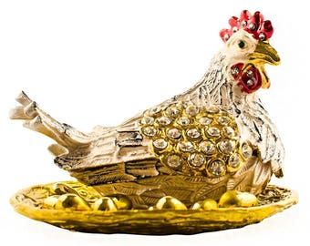 Chicken Coop & Hen Jewelry Trinket Box Figurine