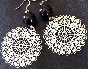 Earrings prints in silver and black onyx