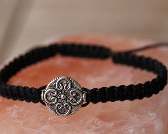 shamballa bracelet with silver metal bead