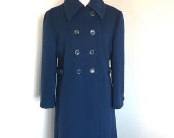 Vintage navy blue wool coat • Fits a women's US size Medium