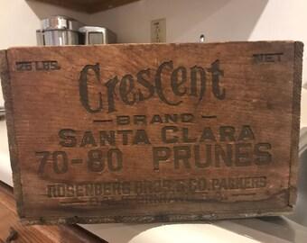 Vintage Crescent Santa Clara Prunes Wood Crate . Vintage wood crate . Antique wood crate . Wood crate crescent santa clara