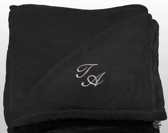 Personalized Multi-use Polar Sofa Bed Travel Fleece Blanket with Monogram - Ref. Dulcelina - Black