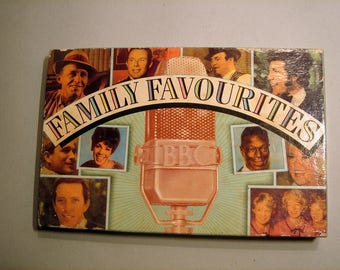Family Favourites / Readers Digest / 4 Audio Cassettes