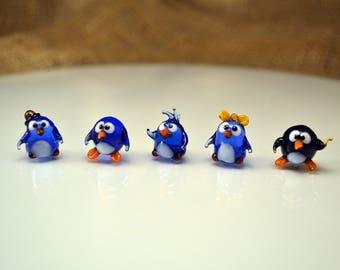 glass figurines,cool figurines,animal figurines,glass animal,penguin,glass penguin,penguin figurine,penguin miniature,penguin family,boro