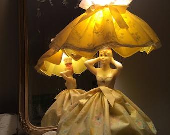 Vintage Boudoir Lamp Lady