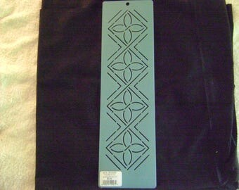 Traditional Quilting Stencil 3 in. by 12 in. Pumpkin Seed Border