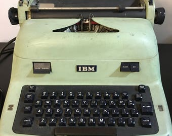 Vintage IBM Typewriter  Model 11C 1950's Working Condition Solid Metal