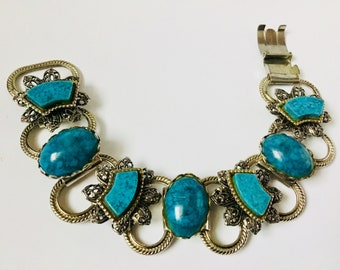 Charming Turquoise Blue in Vintage Silver Settings Link Bracelet