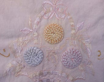 Vintage Table Runner - Pastel Colors - Romantic Floral Motif