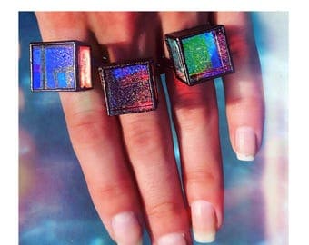Pandora's Box Light Reflecting Glass Holographic Cosmos Ring - Stellar Galaxy Ring - Psychedelic Rainbow Prismatic Ring