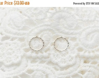 SALE - Circle Stud Earrings - Open circle Silver Earrings - Minimalist jewelry