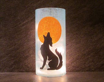 Howling Wolf or Coyote Light