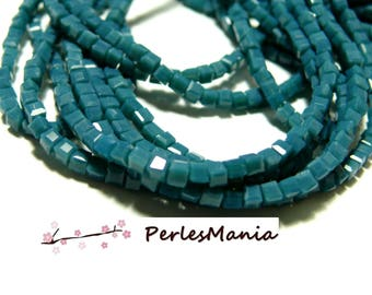 20 MINI CUBE glass beads 2.5 mm blue oil H24A12