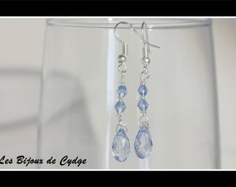 Earrings and its drop light blue with the tops