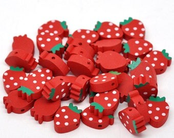10 Strawberry shaped 20mm wooden beads