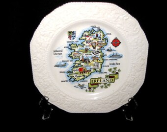 Vintage County Cork Ireland Map Plate/ Carrigaline Pottery Cork Ireland/ 8.25 in Ireland Souvenir Plate, 681L