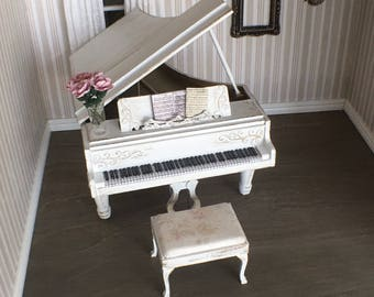 Shabby Chic Miniature Grand Piano