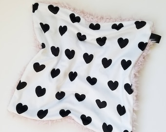 Black and White Heart Lovey, Baby Girl Lovey, Baby Girl Blanket, Minky Blanket, Minky Girl Blanket, Modern Baby, Monochromatic Blanket