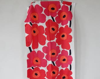 "Scandinavian Vintage Pelmet Made in Finland by MARIMEKKO Oy Suomi Finland design Maija Isola Red ""UNIKKO"" Curtain Fabric Textile"