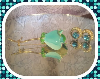 Turquoise Flower Brooch & Turquoise Earrings