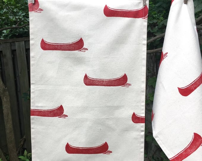 Set of 2 organic cotton tea towels - drifting canoes in red