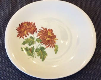 Lovely 1950 Cream Petal Grindley oval dinner plates Dallis or Peonies floral  pattern