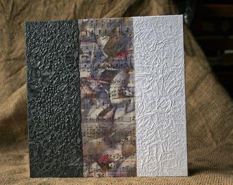 Unique and original stand square - format and accordion photo album - Black, purple and white.