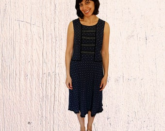 Summer dress midi low waist sleeveless ditsy print floral cotton dress sequinned navy blue side zipped vintage 1990s size 8-10 Medium