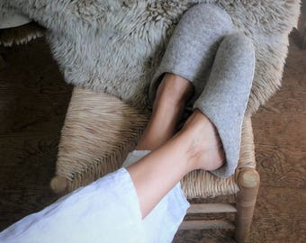 SLIP IN SLIPPERS felted slippers with soles organic slippers felt home shoes woolen slippers mule slippers felt house shoes not colored wool