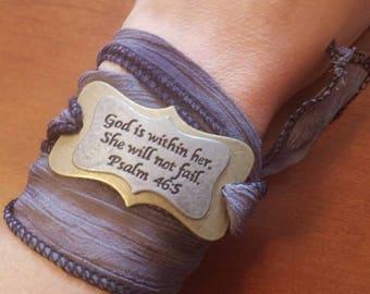 Cloth bracelet