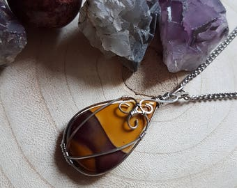 Mookaite necklace, wire wrapping, crystal necklace, gemstone pendant, stainless steel, wearable art, healing crystals, reiki healing, chakra