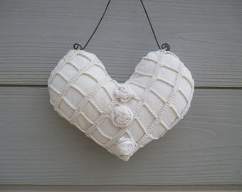 Heart holder white lace pillow
