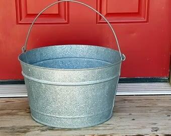 "VINTAGE BUCKET Galvanized Tub Bucket with Handle Beer Bucket 13"" Large Pail Rustic Wedding Magnolia Country Farmhouse  Decor Planter"