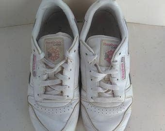 White Pink Reebok Classic Trainers - UK 5 *Please see SHOP ANNOUNCEMENT*