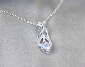 Silver Necklace Zirconia Leaf Pendant