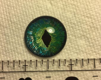 Hand painted green eye