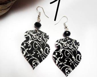 Shrink plastic earrings, arabesque earrings, Mother's gift, clip earrings, drop earrings, black and white, plastic jewelry
