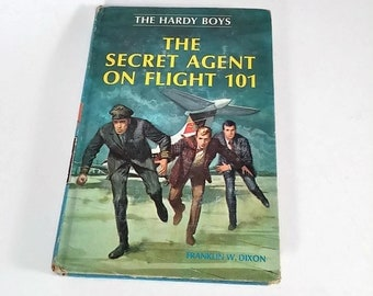 The Hardy Boys #46, The Secret Agent on Flight 101 by Franklin W. Dixon  Hardcover   Mystery/Adventure