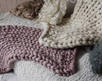 Arm knitting,bulky yarn,chunky wool blanket,baby blanket,throws,chunky wool,knitting,soft wool,handmade