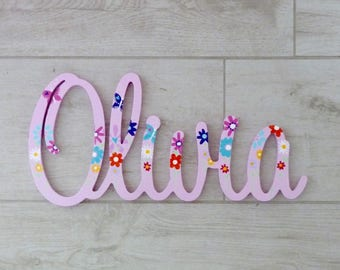 Girls name sign, Wooden name, Kids room sign, Custom name sign, Nursery decor, Kids wall decor - Flowers and butterfly