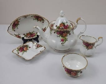 Royal Albert Old Country Roses 5 Piece Tea Set Bone China England