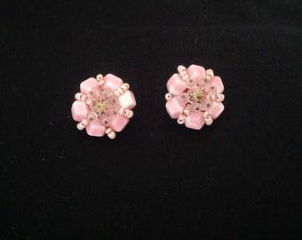 1950s / 60s Pink Vintage Earrings