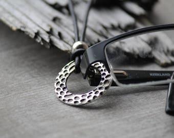 silver eyeglass necklace, eyeglass holder, eyeglass chain, eyeglass lanyard, hammered antique silver necklace, lanyard